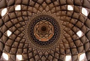 architecture en Iran a l'interieur de la mosque